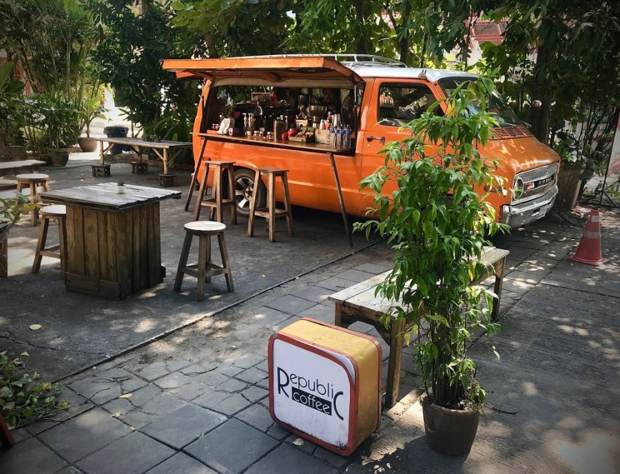 republic coffee van in chiang mai
