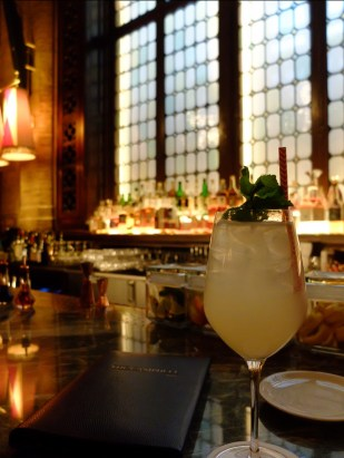 best-bars-in-midtown-campbell-bar-interior