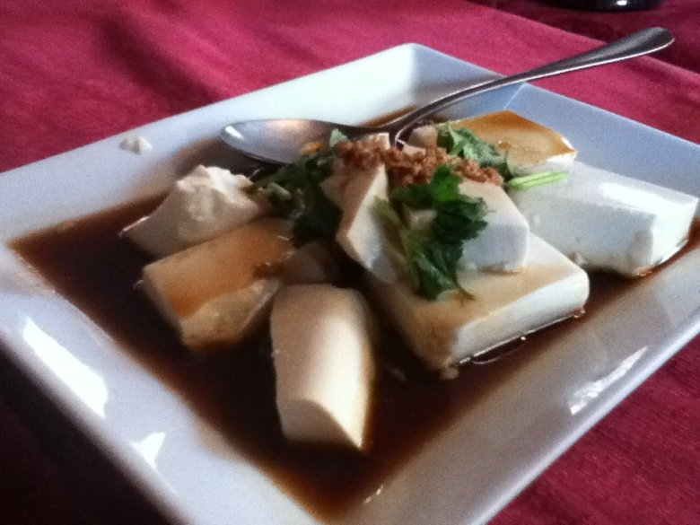 Silken tofu in garlic sauce - vegan in Normandy