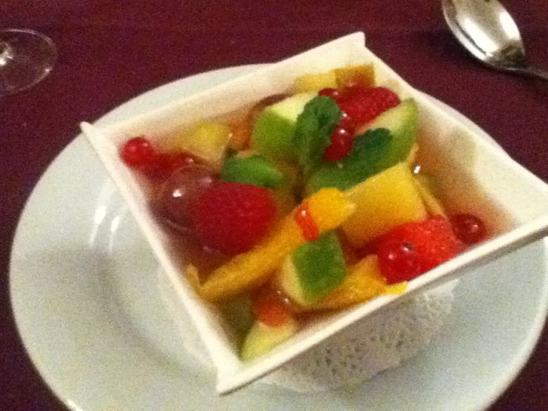 Fruit salad at Auberge de la Baie, Mont St. Michel - vegan in Normandy