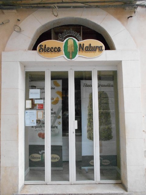 Vegan ice cream at Stecco Natura