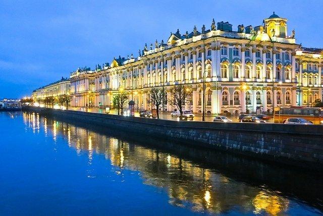 Morning in St Petersburg The Hermitage - vegan travel in Russia