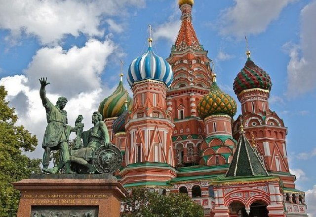 St Basils Cathedral - vegan travel in Russia