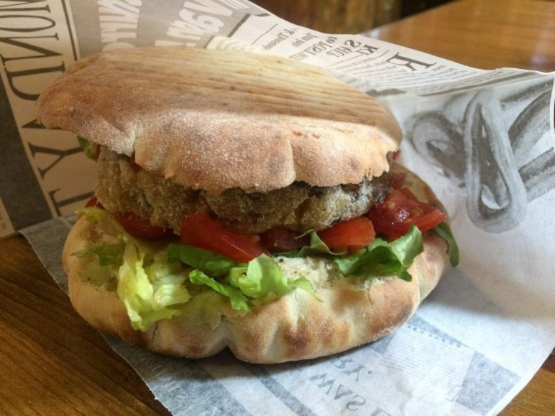 Puccia - vegan street food in Italy