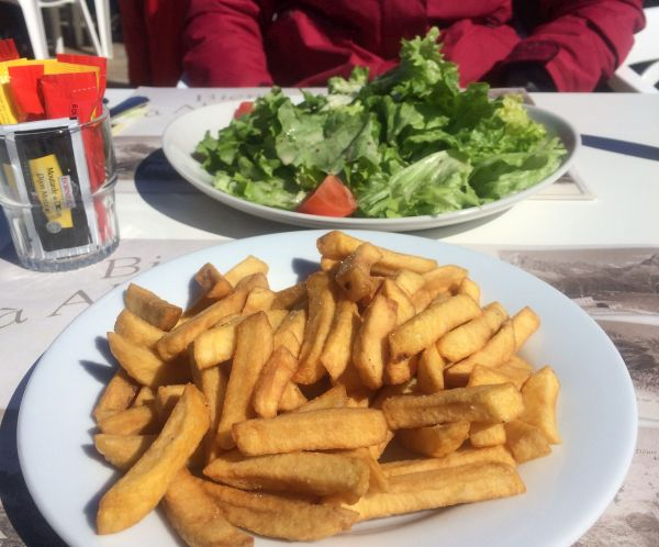 salad and french fries - vegan skiing