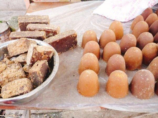 Brown sugar at the Dali market - Living the China Study