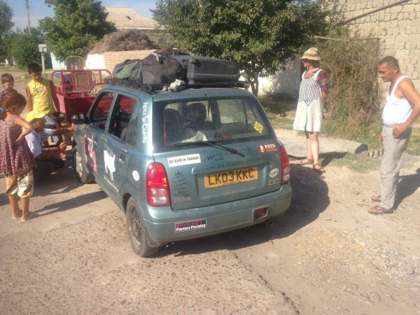 onlookers - how to be vegan on the mongol rally