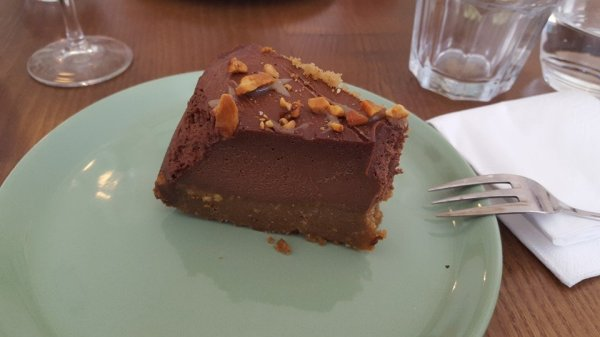 Ou Bien Encore Chocolate Caramel Cake - Vegan Food in Geneva