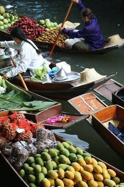 Tropical fruit in Thailand - vegan in Thailand