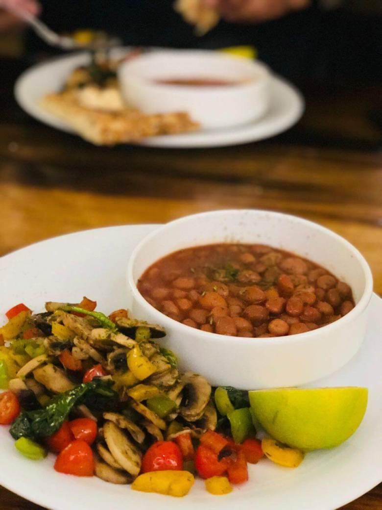 Khorak lubia - a vegan Iranian dish