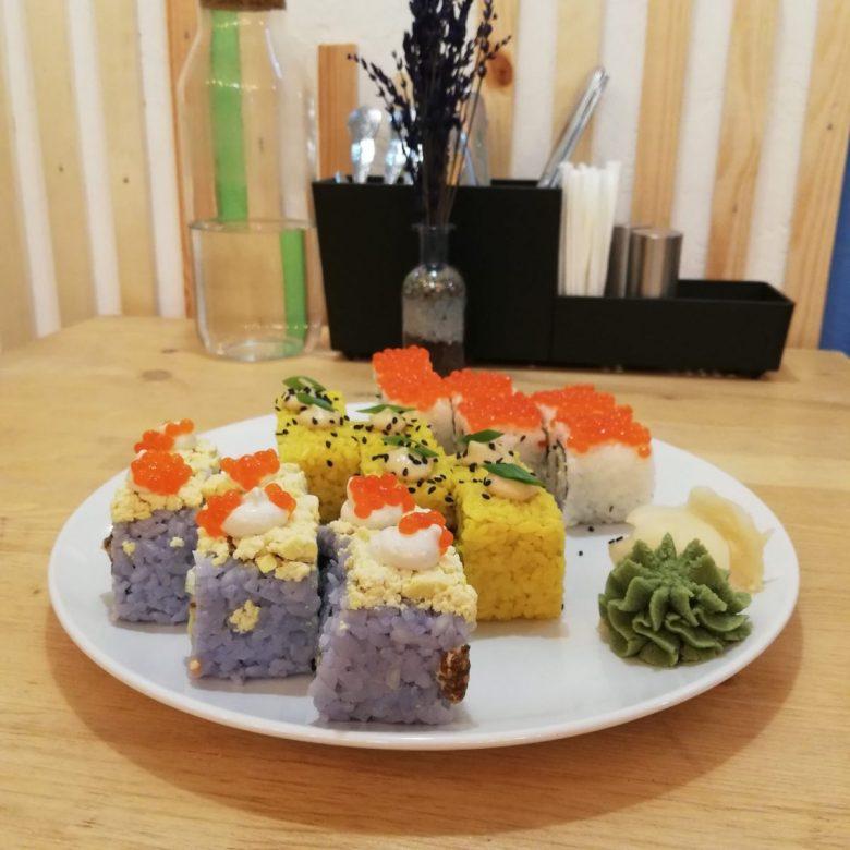 vegan sushi at Healthy Conscience - a Russian vegan restaurant