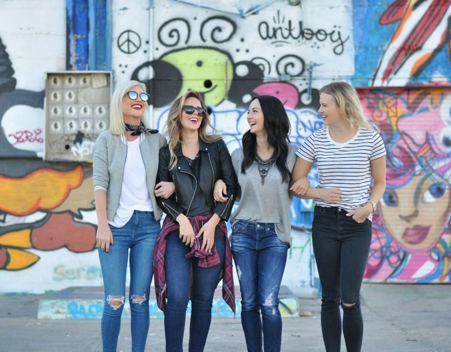 cropped-skinny-jeans-bomber-jacket-the-nomis-niche-topshop-lindsey-simon-las-vegas-fashion-blogger-tshirt-and-jeans-bandana-4