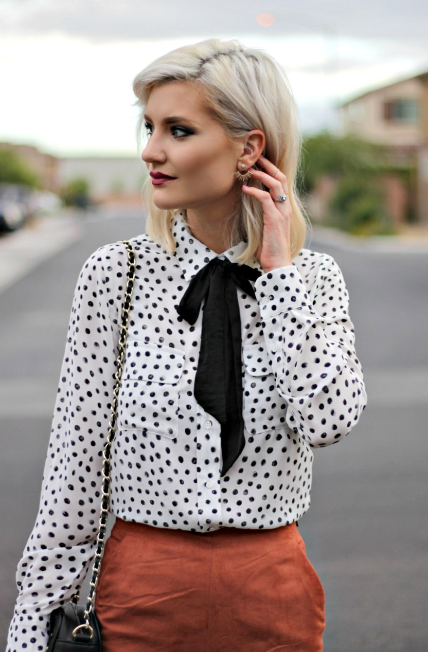 suede-shorts-polka-dot-shirt-bow-blouse-studded-purse-lindsey-simon-the-nomis-niche-las-vegas-fashion-blogger-beauty-blogger-6