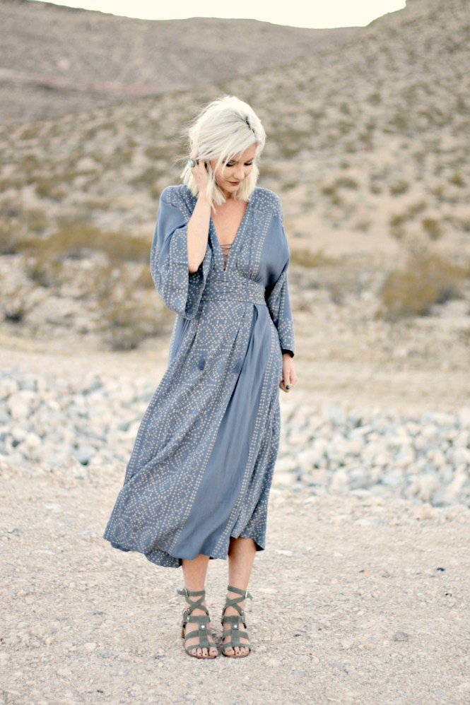 Boho vibes with free people the nomis niche Bohemian style fashion blogs