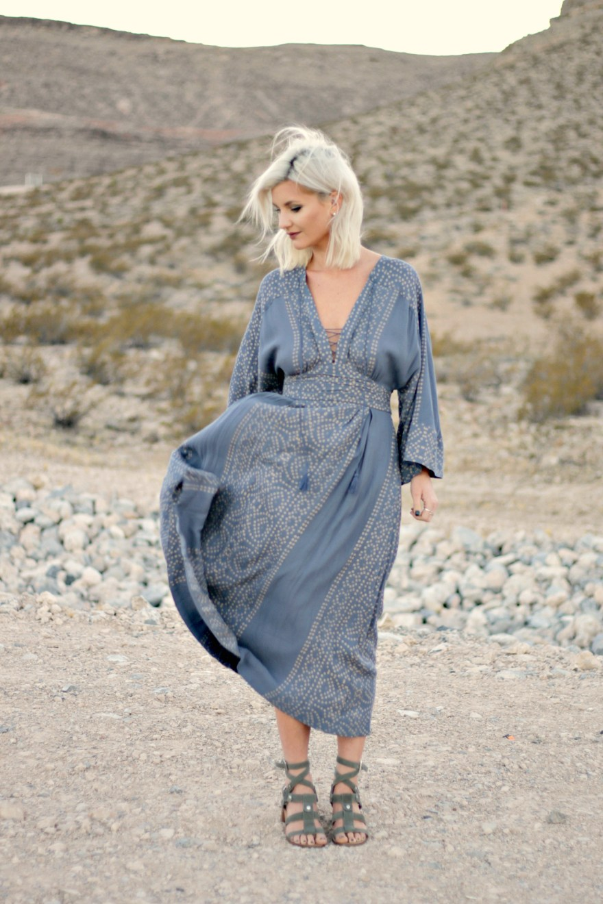 free-people-midi-dress-boho-style-boho-outfit-maxi-dress-fall-fashion-fall-trends-lindsey-simon-las-vegas-fashion-blogger-the-nomis-niche-desert-photography-2