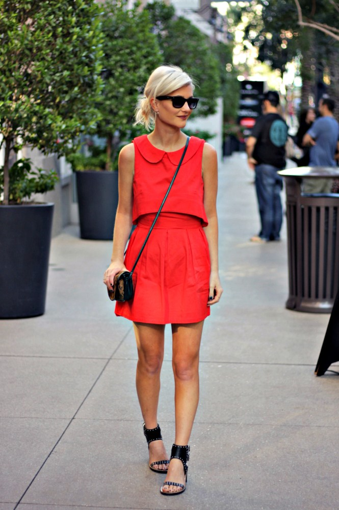 red-dress-the-linq-fall-fashion-lindsey-simon-the-nomis-niche-las-vegas-las-vegas-style-date-night-outfit-6