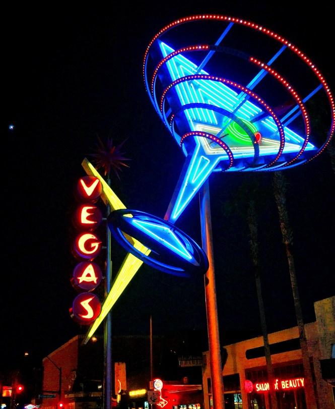 Las Vegas Style - Fremont Street - The Nomis Niche