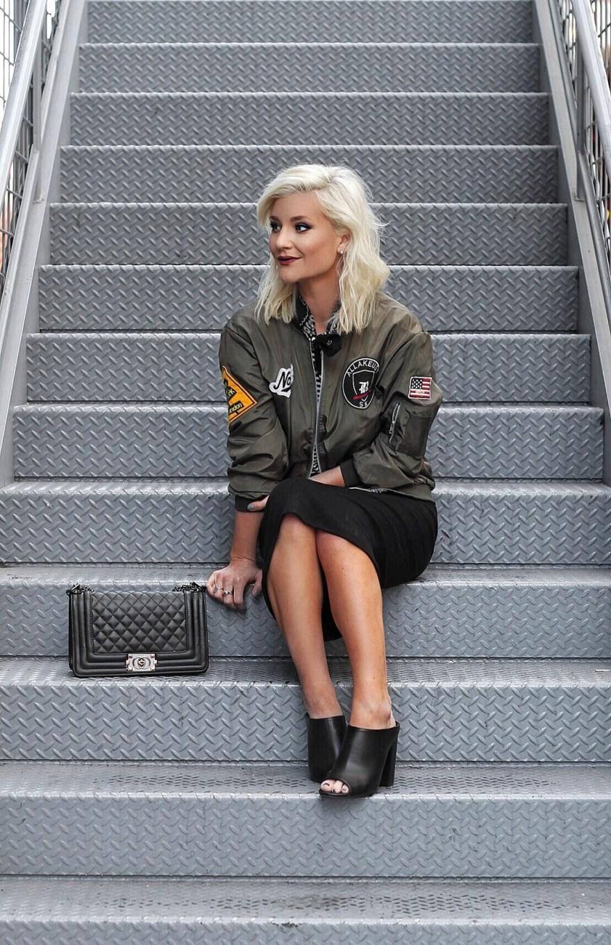 bomber-jacket-pencil-skirt-bandana-las-vegas-blogger-the-nomis-niche-lindsey-simon-5