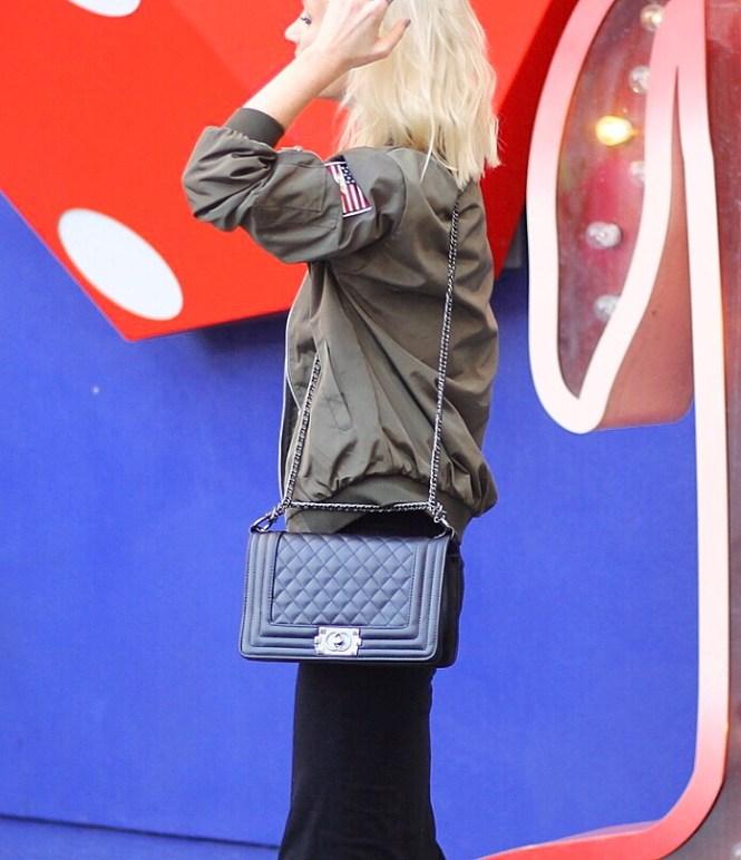 bomber-jacket-pencil-skirt-bandana-las-vegas-blogger-the-nomis-niche-lindsey-simon-8