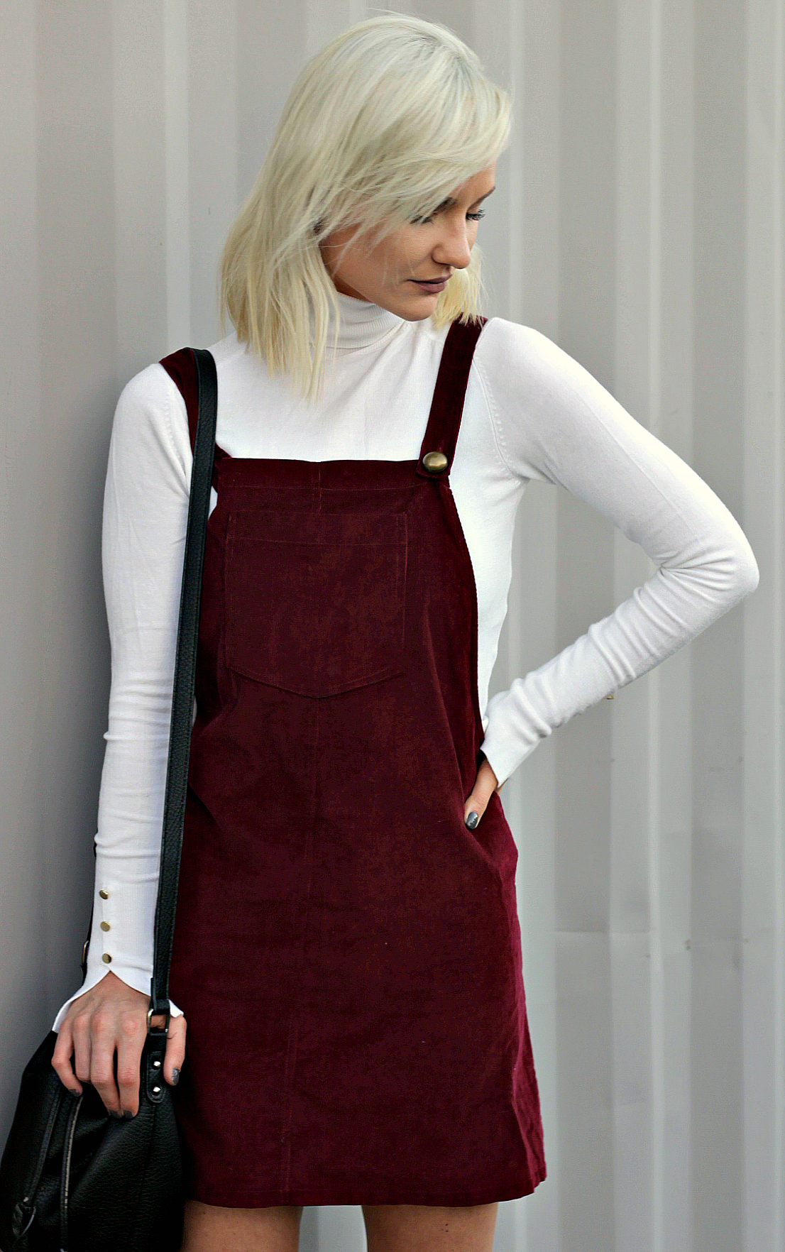 295c23dbde overall-dress-target-style-black-booties-fall-booties-bucket-bag-fall-style -the-nomis-niche-lindsey-simon-fashion-blogger-las-vegas-fashion-blogger-3