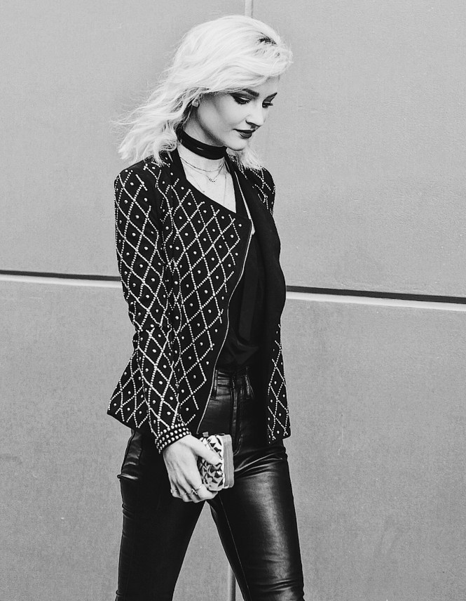 New Year's Eve outfit inspo, embellished blazer, statement blazer, holiday outfit, holiday style, holiday outfit inspiration, how to wear, gold clutch, leather pants, platinum blonde, Burgundy lips, winter style, winter fashion, holiday fashion, fashion blogger, Las Vegas fashion blogger, Lindsey Simon, the noms niche