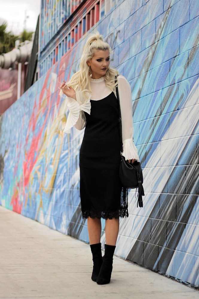 how to style a slip dress, flute sleeves, bell sleeves, blouse, white and black outfit, street style, spring 2017 outfit, winter outfit ideas, spring outfit idea, platinum blonde hair, las vegas, las vegas style, vegas outfit, bucket bag, sneaker, style, outfit