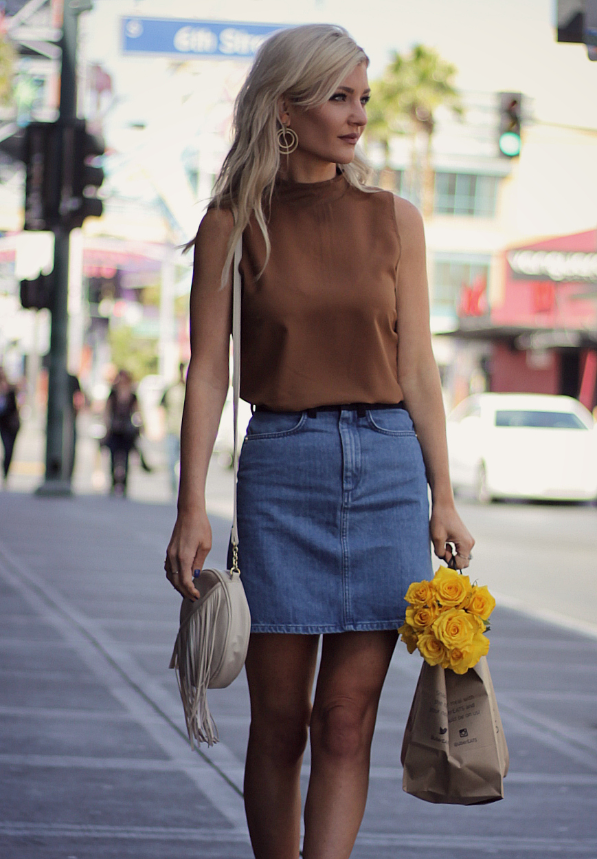 denim skirt, street style, fashion blogger, french connection, spring style, flowers, summer style, how to wear, outfit, ideas, ootd, ideas
