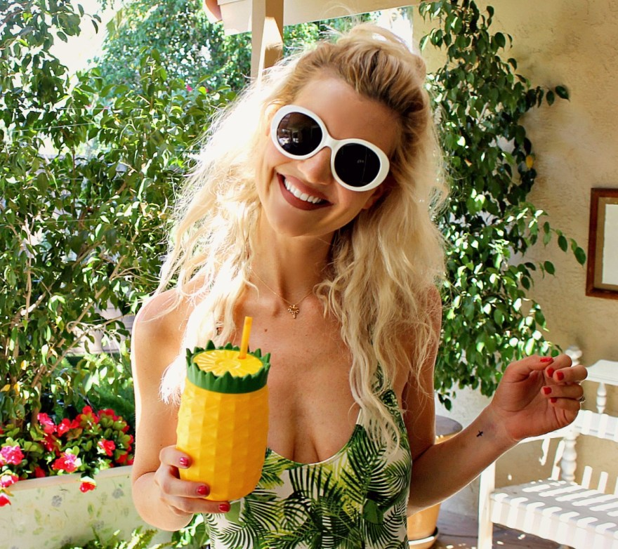pineapple, cup, mug, drink, summer, style, outfit, palm springs, white sunglasses, zara, tropical, print, palm print, pineapple print