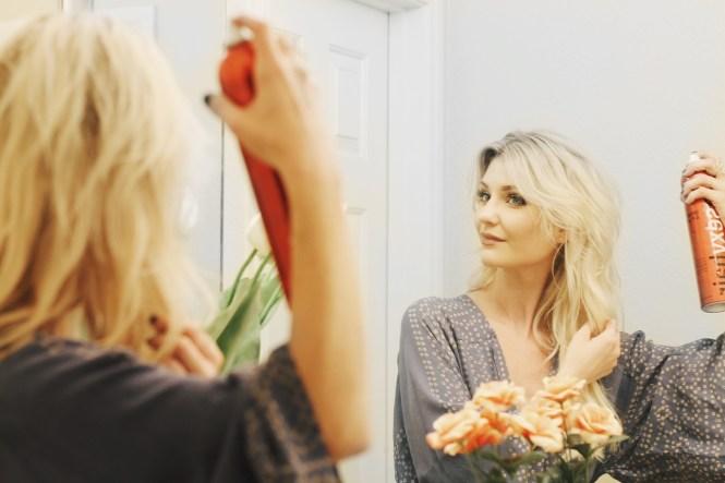 hair tips, hairstyle, blonde hair, thickening hair, how to make hair, hair inspo, hairspray, dry shampoo, hair care, beauty blogger, beauty blog, fashion blogger, las vegas, lindsey simon, the nomis niche