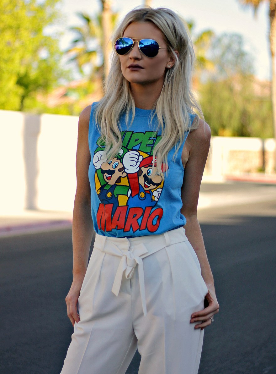 summer outfit, summer style, edgy summer outfit, outfit inspo, outfit ideas, how to wear, topshop pants, paperbag waist pants, tie waist, orange heels, super mario, vintage tee, las vegas, fashion blogger, how to wear, aviators, orange heels