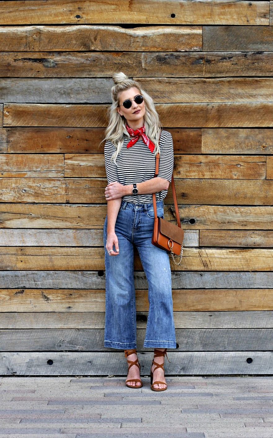 outfit roundup, 2017, 2018 style, fashion blogger, style blogger, beauty blogger, blonde hair, Las Vegas blogger, Lindsey Simon, The Nomis Niche, street style, casual style, feminine style, edgy outfit, outfit inspiration, how to wear, outfit ideas,  fall style, spring style, cropped jeans, kick flare jeans, bandana, striped tee, spring outfit inspiration, spring outfit ideas, topknot,