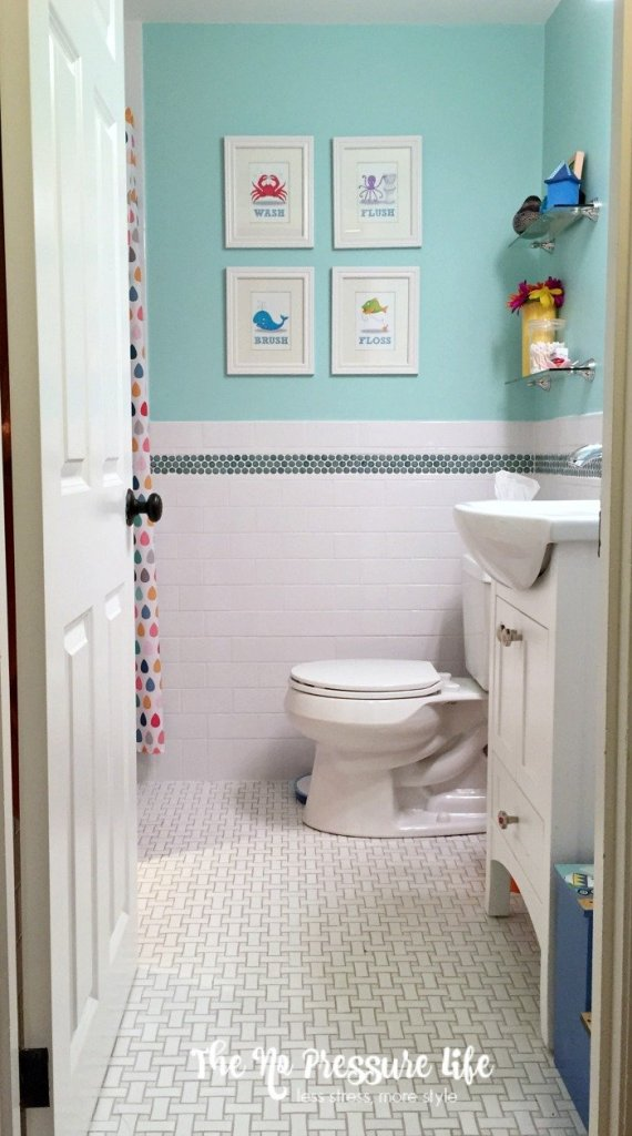 Gender Neutral Kids Bathroom Makeover