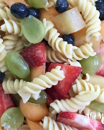 Fruity Pasta Salad - Delicious and kids love it! This fruity pasta salad recipe is perfect for summer BBQs.