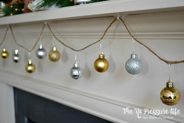 DIY Ornament Garland: easy Christmas craft in 10 minutes!