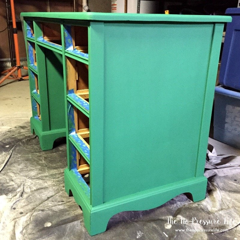 How to Paint Furniture - Taping and Painting
