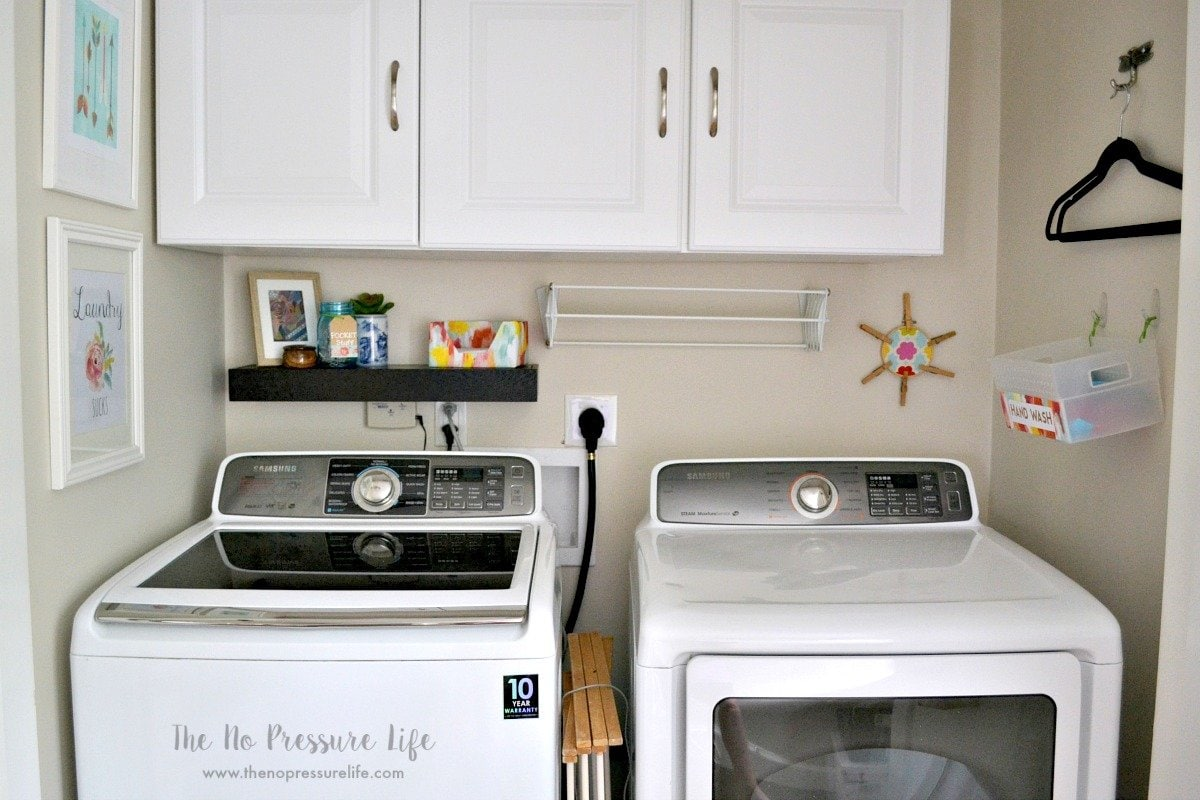 Small laundry closet makeover: decor and organization ideas