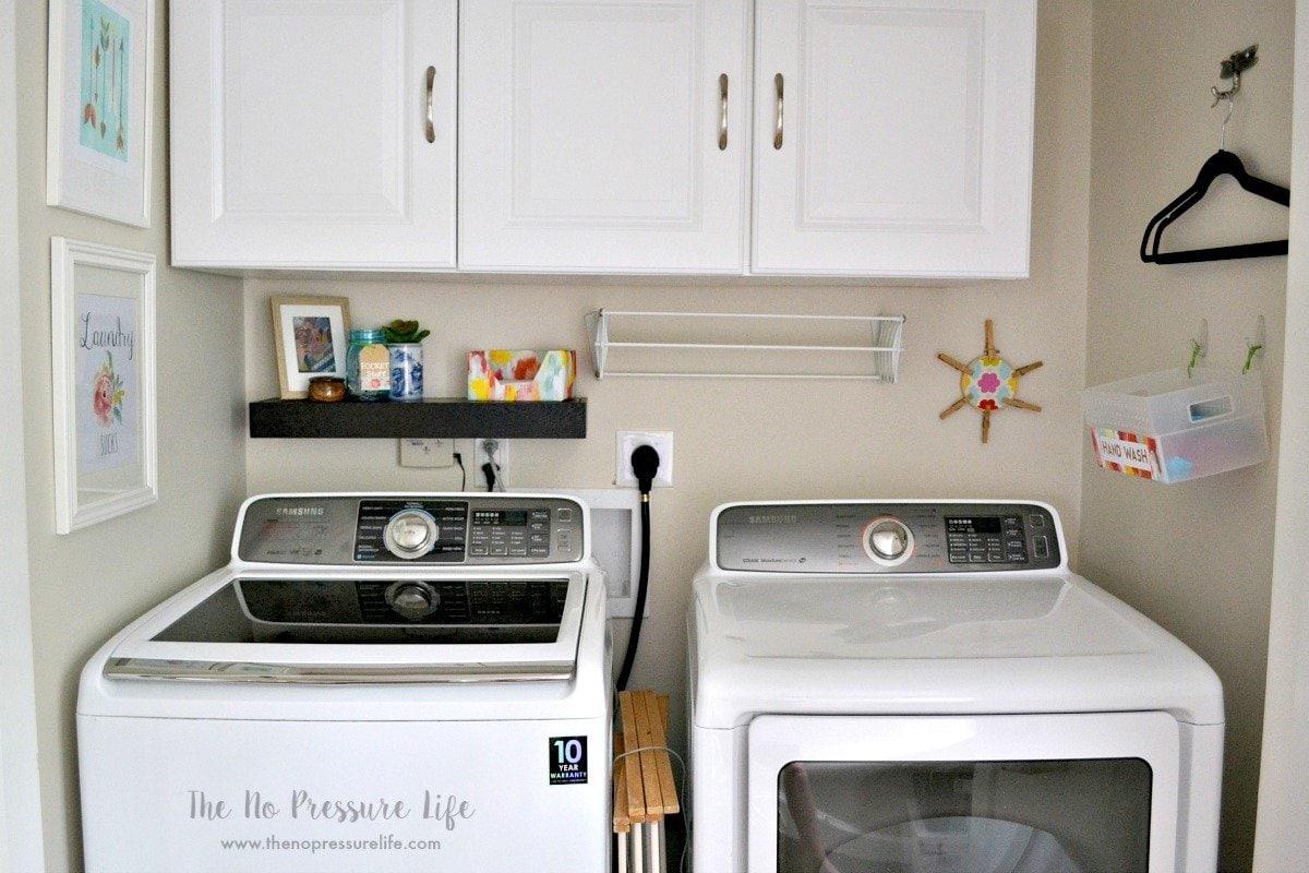Small laundry closet makeover: decor and organization ideas