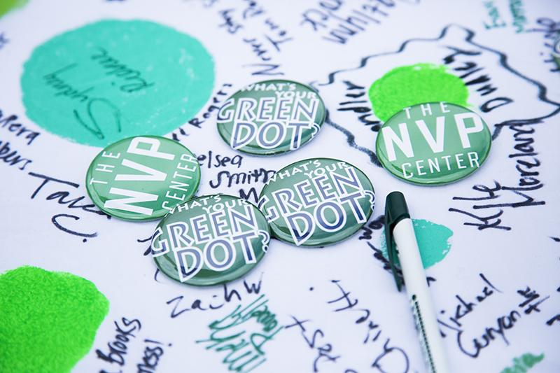 Nose+Violence+Prevention+handed+out+buttons+on+its+campus-wide+launch+day.+It+has+a+Green+Dot+training+session+on+Thursday%2C+Sept.+18+to+promote+bystander+intervention.+