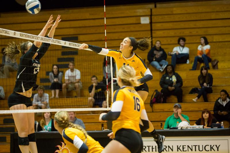 NKU%27s+Keely+Creamer+was+selected+to+the+all+tournament+team+after+her+performance+in+the+Indiana+Invitational.+