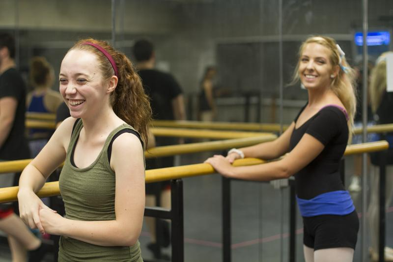Students+take+part+in+Donna+Grisez-Weber%27s+Ballet+1+class.+