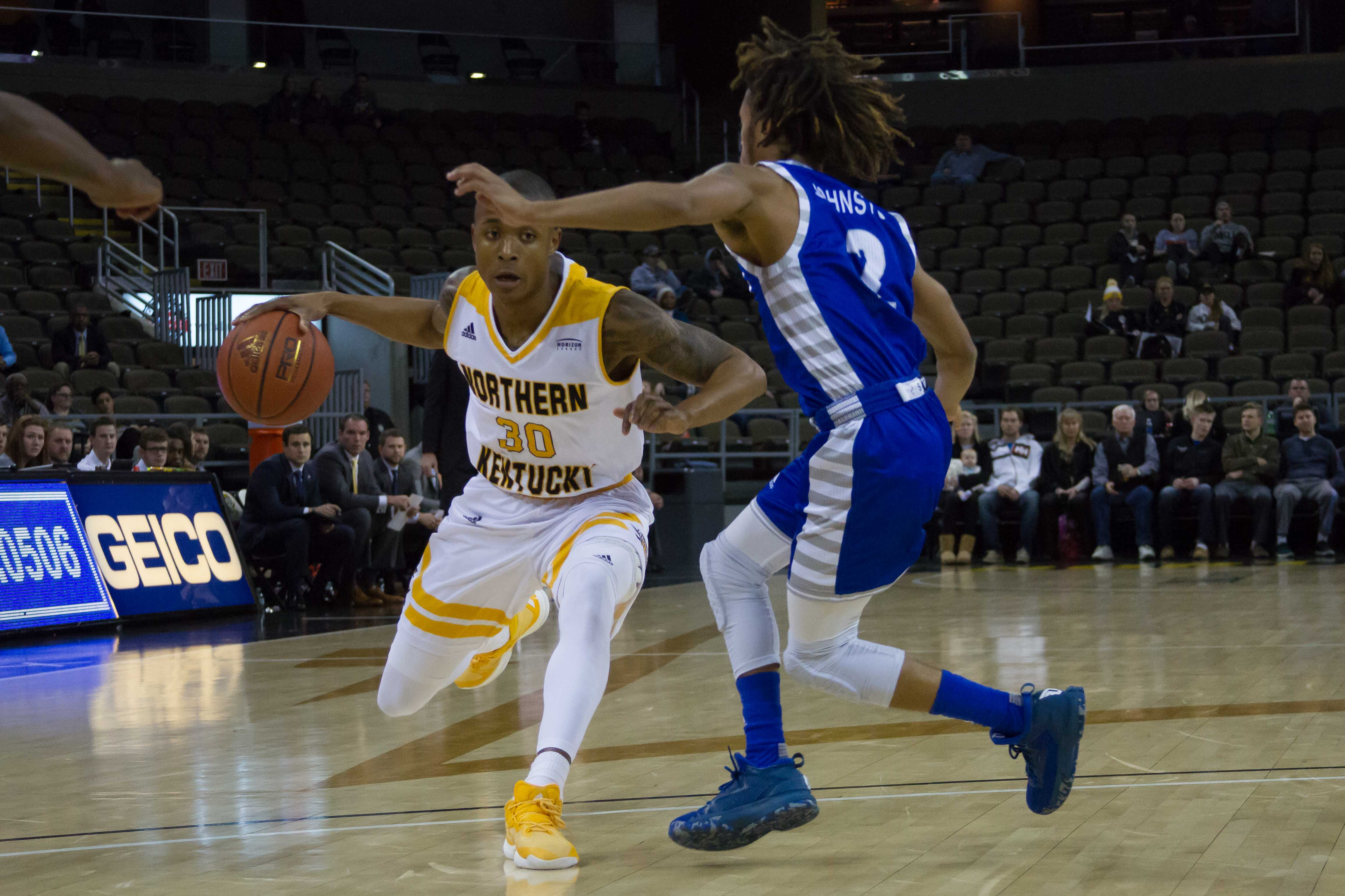 Lavone Holland II (30) had 21 points Thursday in a win over Detroit Mercy.
