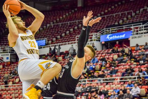 Third time's the same: Norse advance to semifinals