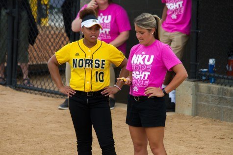 Norse drop first game against Green Bay, game two postponed