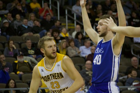 Faulkner's career day helps Norse end losing streak