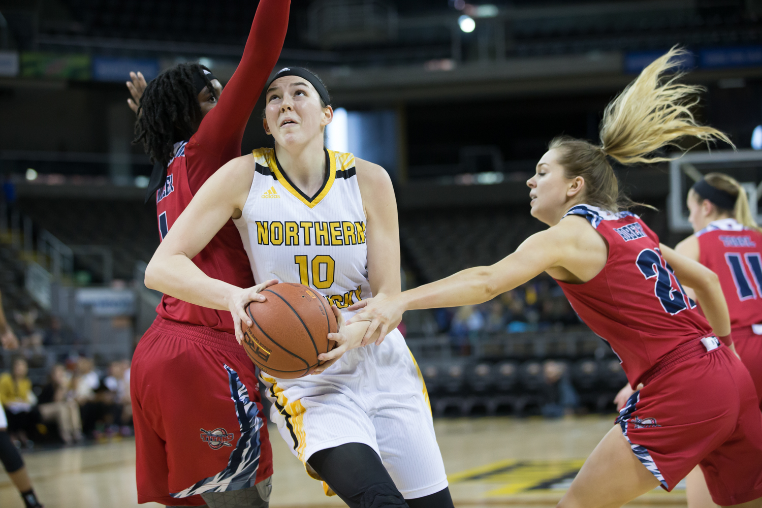 Grayson Rose (10) looks to shoot in the game against Detroit Mercy.