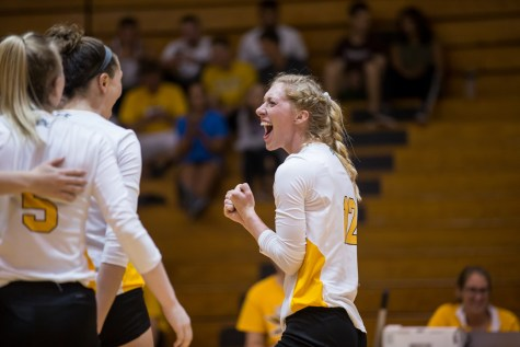 Norse volleyball survives and advances to HLVC Semifinals