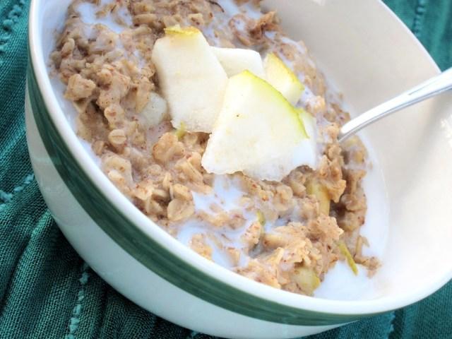 chai-and-pear-oatmeal-005