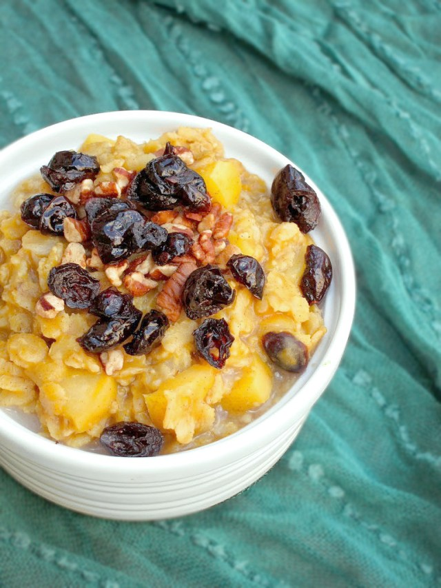 Pumpkin, Apple, and Cranberry Oatmeal