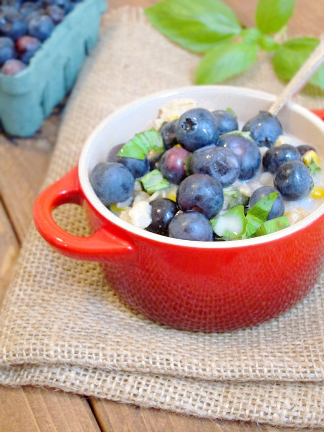 Sweet Corn, Blueberry, and Basil Oatmeal