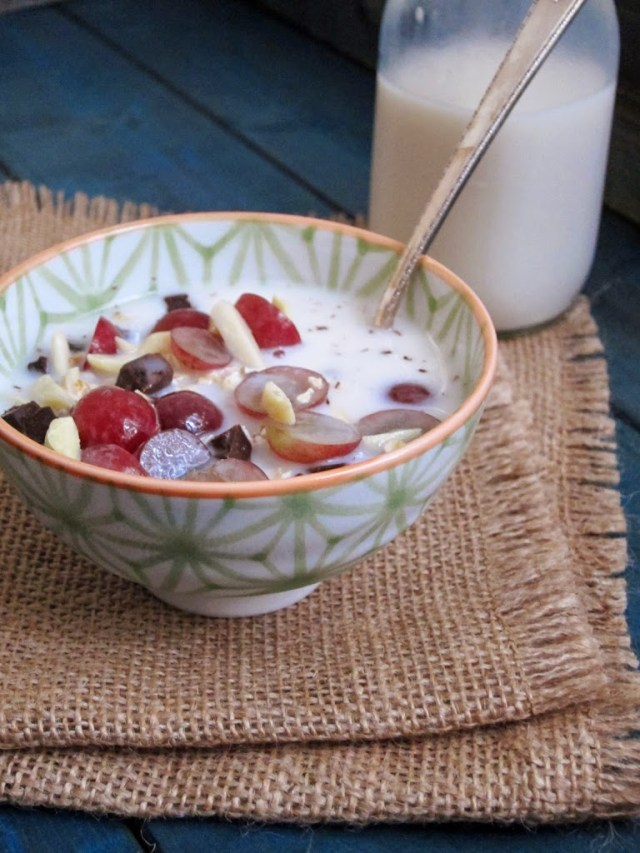 grape-chocolate-muesli-5-
